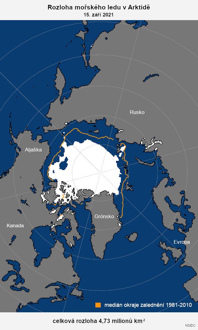 Rozloha mořského ledu v Arktidě (denní průměry) v období od června až říjen. Údaje za rok 2021 do 15. září. Srovnání s rokem 2012 a mediánem 1981 až 2010.